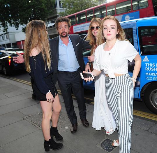 Moderátor Grand Tour Richard Hammond s manželkou Amandou Etheridge a jejich dcerami Willow a Isabellou Hammond