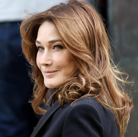 Bývalá první dáma Francie vypadá úchvatně.