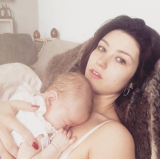 Catherine s dcerkou Adou