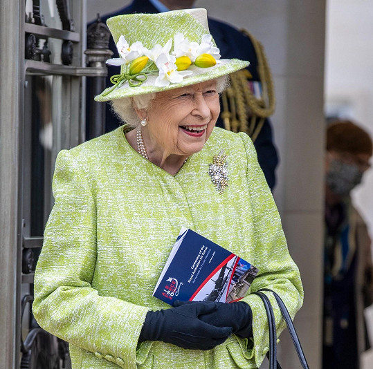 Královna Alžběta II. slaví 95. narozeniny.