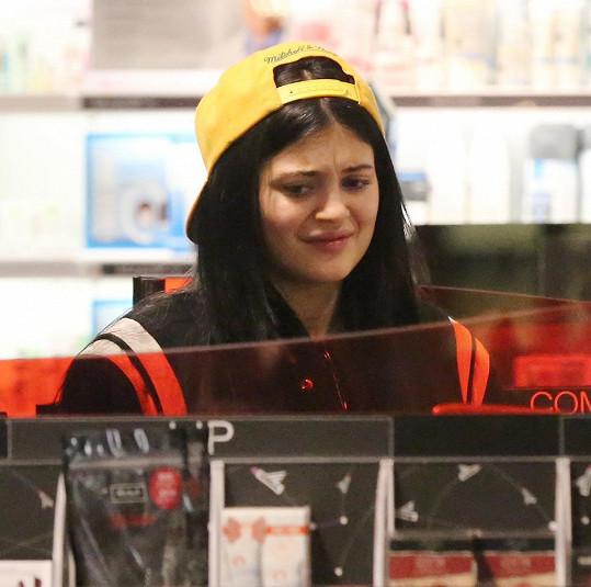 Konečně zase vidíme, že je Kylie sedmnáct.