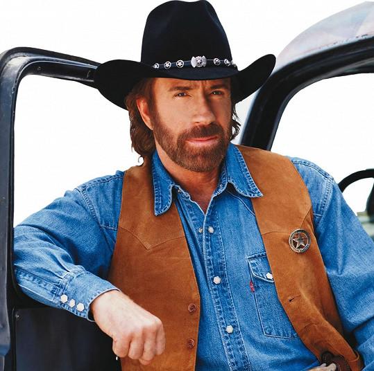 Walker, Texas Ranger je pevně spjat s hercem Chuckem Norrisem.
