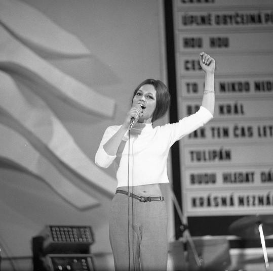 V roce 1968 se stala podruhé Zlatou slavicí.