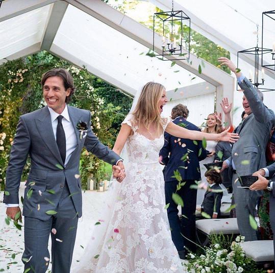I Gwyneth Paltrow letos kráčela k oltáři. Provdala se za Brada Falchuka.