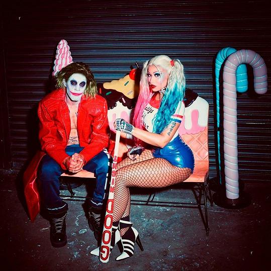 Nicki Minaj s manželem Kennethem Pettym jako Harley Quinn a Joker