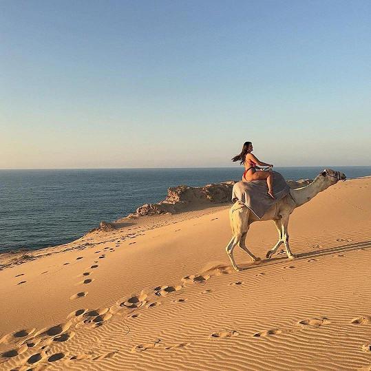 Na tento náklad marocký velbloud jen tak nezapomene.