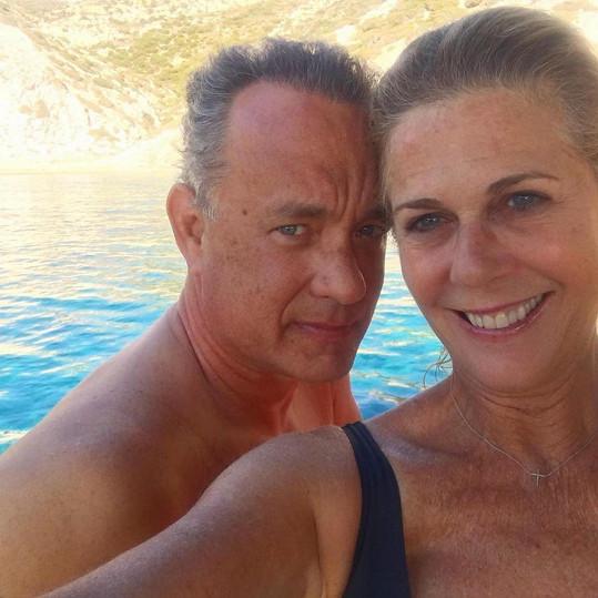Rita Wilson sdílela zamilovanou fotku se svým slavným manželem.