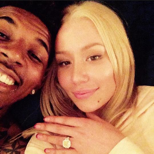 Zásnubní prsten vyšel Nicka na více než 12 miliónů korun.