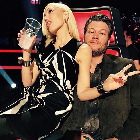 Mezi Gwen a Blakem to prý jiskří tak, že si toho nelze nevšimnout.