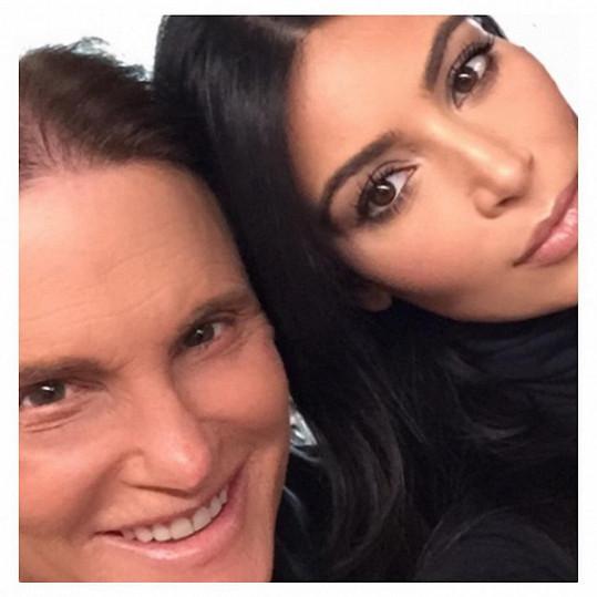 Kim Kardashian svého nevlastního otce miluje skoro stejně jako sebe.