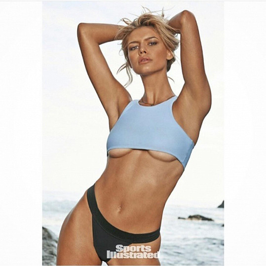 Kelly Rohrbach fotila i do Sports Illustrated.