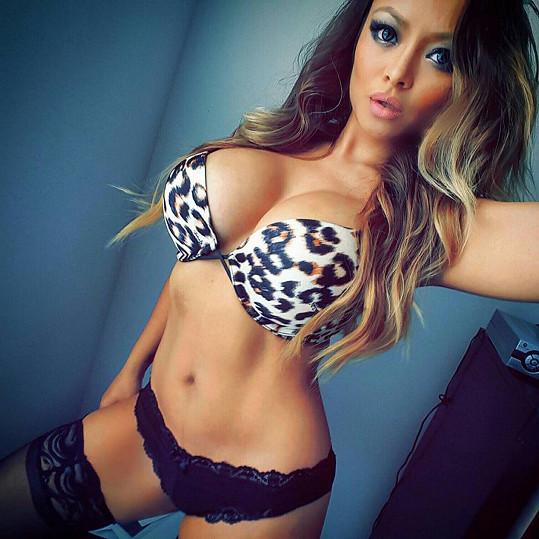 Exotická krása a aktivita na internetu z Tily kdysi udělaly nejoblíbenější celebritu na serveru MySpace.