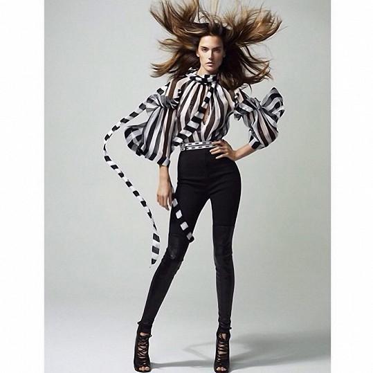 Alessandra je stále hvězdou světového modelingu.