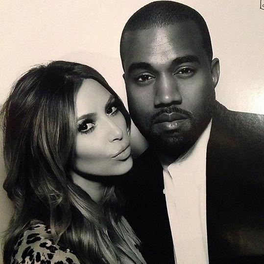 Kim ani Kanye se k věci zatím nevyjádřili.