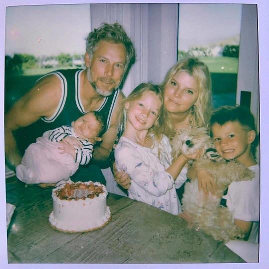 Jessica má krásnou rodinku.