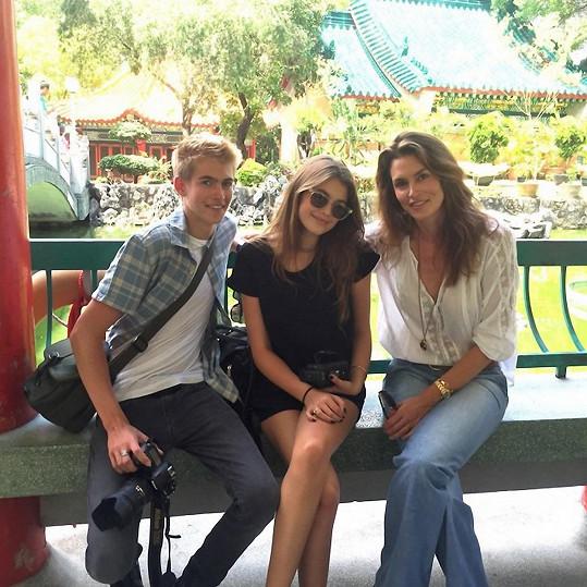 Cindy s dětmi Kaiou a Presleym