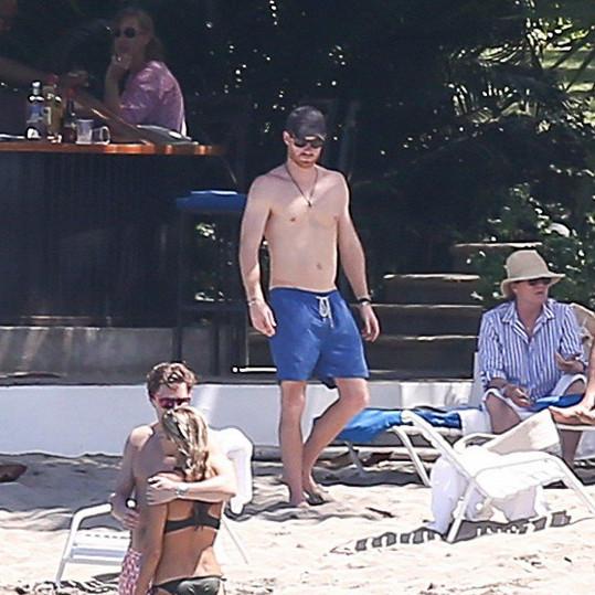 Fotografové přistihli Harryho v plavkách na Jamajce.