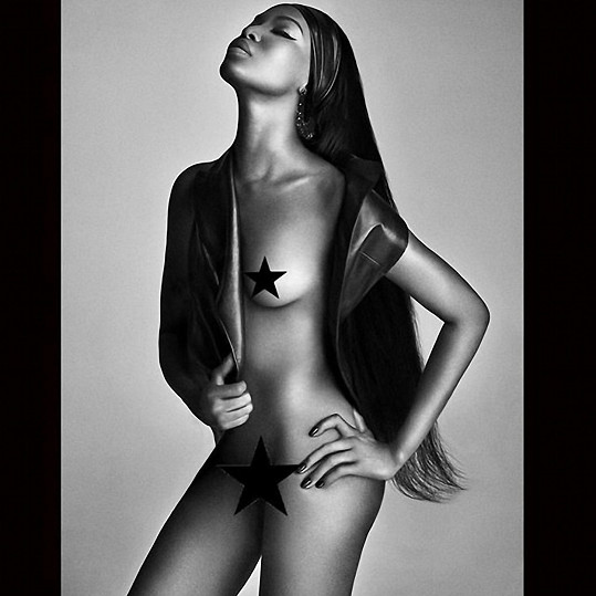 Naomi Campbell pro Lui magazín
