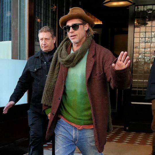 Brad Pitt vynechal kvůli zákrokům dcer i udílení cen BAFTA.
