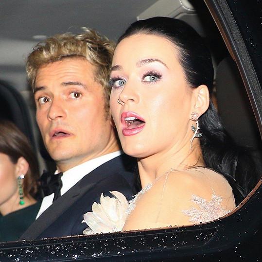 Katy je na to už asi zvyklá.