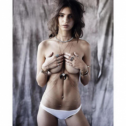 Díky sexy snímkům se proslavila celosvětově.