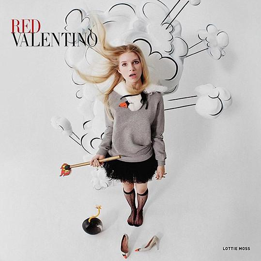 V roce 2014 nafotila poněkud bláznivou kampaň pro značku Valentino.