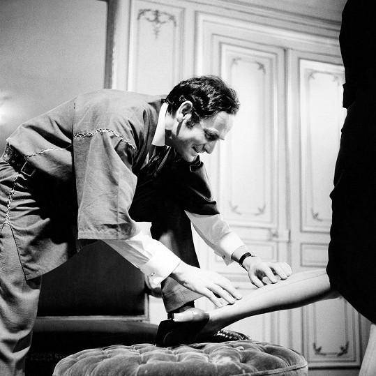 Pierre Cardin patřil k největším módním ikonám 20. století.