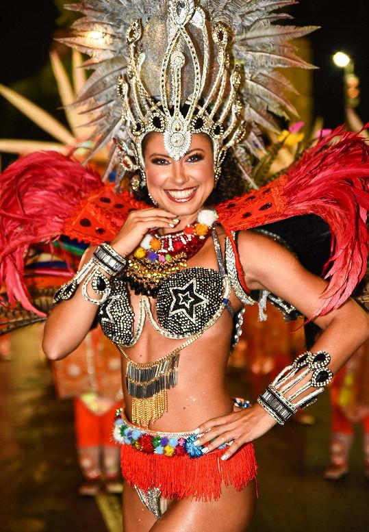 Loni tančila populární specialistka na sambu na karnevalu v Riu. I ten byl letos kvůli covidu zrušen.