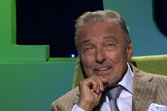 Byl i v talk show Karla Šípa.