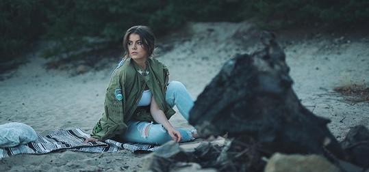 Adéla stihla ještě v létě natočit videoklip.
