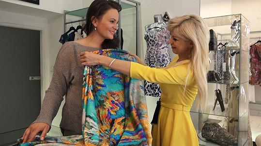 Ruden pro Čvančarovou vytvoří i hedvábné modely na volný čas.