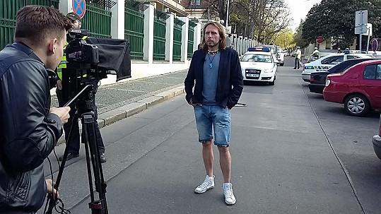 Jan Tuna při natáčení pořadu A Dost!