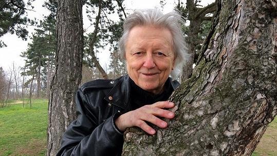 Václav Neckář v pořadu 13. komnata promluvil i o smrti své milované ženy.