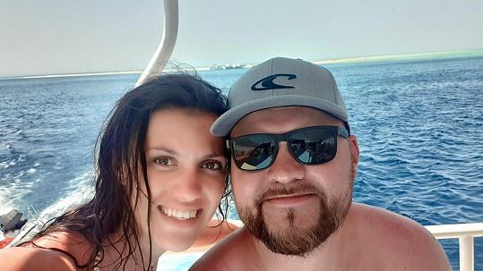 S přítelem svatební cestu u moře zatím neplánují.