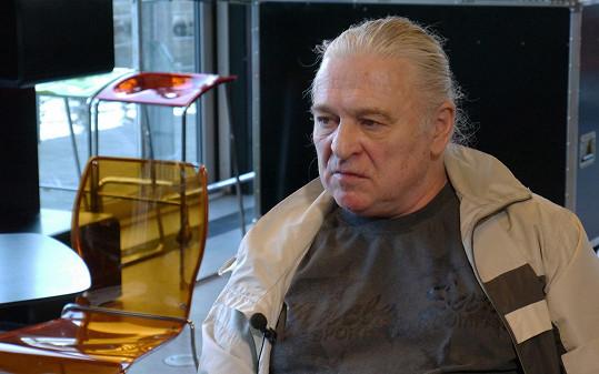 Herec a dabér Josef Nedorost zemřel ve věku 64 let.