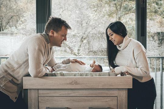 Tomáš je schopný se o syna kompletně postarat.