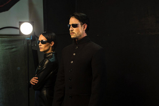 A už jako Trinity a Neo z Matrixu