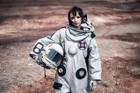 Ve skafandru na Marsu