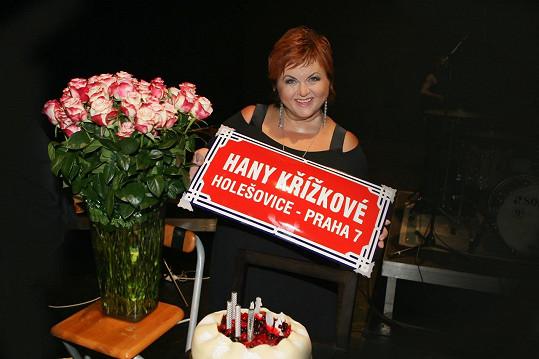 Hana Křížková oslavila šedesátiny.