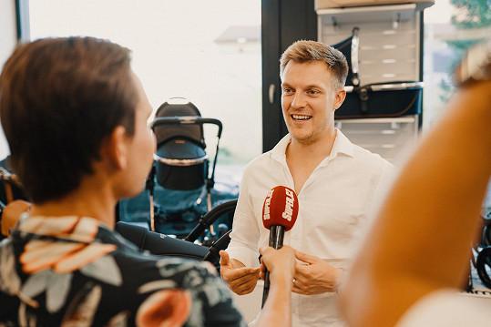 Během rozhovoru se Super.cz svěřil, jak veselka probíhala.
