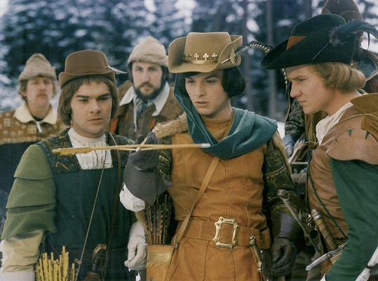 V roli prince se měl mimo jiné objevit také Jaroslav Drbohlav (vlevo). Nakonec hrál pobočníka Vítka a prince hrál Pavel Trávníček.