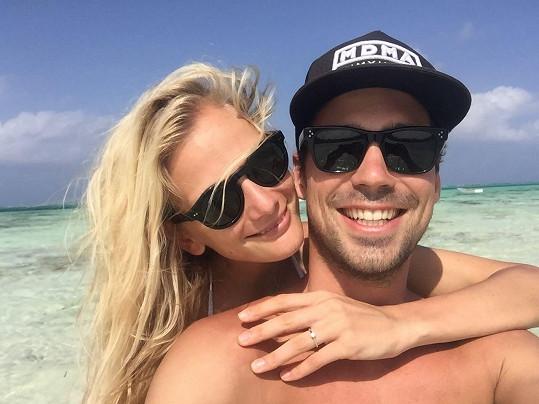 Zuzana a Matyáš se zasnoubili loni v únoru během dovolené na Zanzibaru.