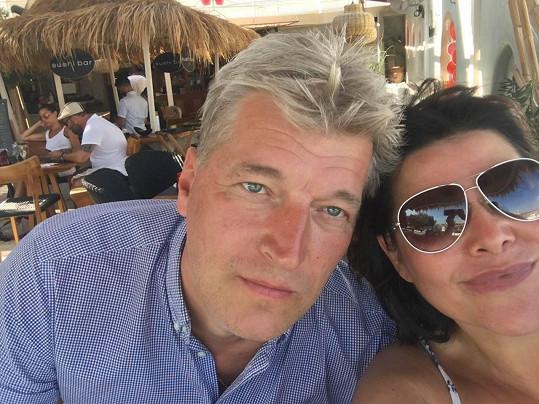 Zpěvačka zveřejnila i selfie s manželem Radkem, který se nerad fotí.