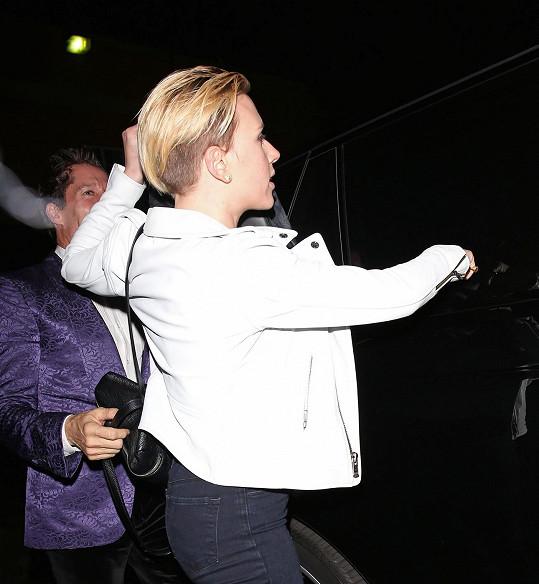 Scarlett Johansson o víkendu vyrazila na rodinnou večeři.
