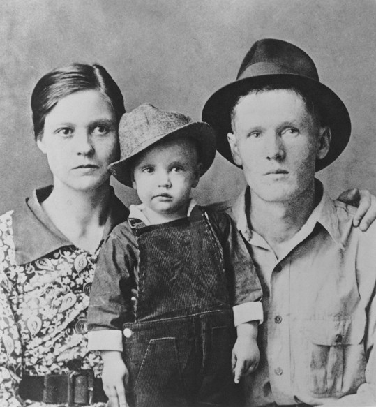Elvis Presley s rodiči.