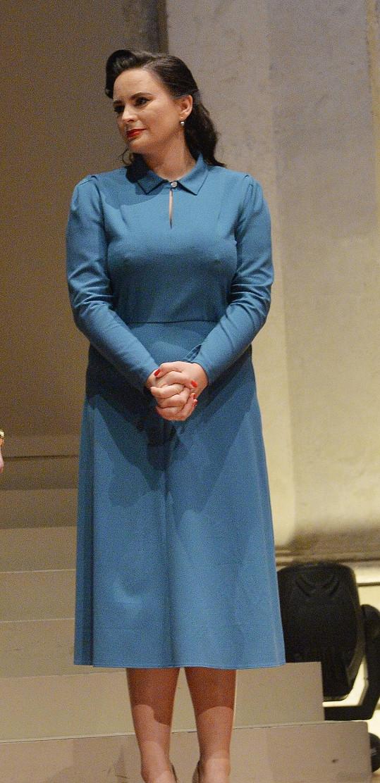Jitka Čvančarová si v poslední době oblíbila šaty, v nichž její přednosti nevynikly.