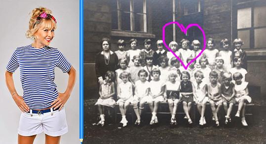 Kaira se pochlubila školní fotkou babičky.