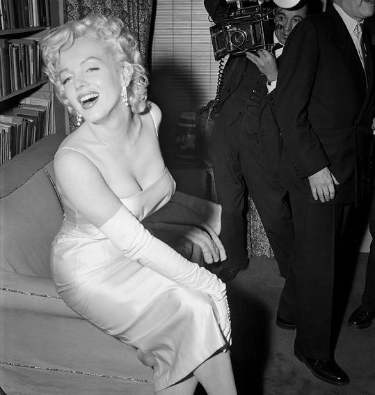 V roce 1955 už byla Marilyn sexuální bohyní.