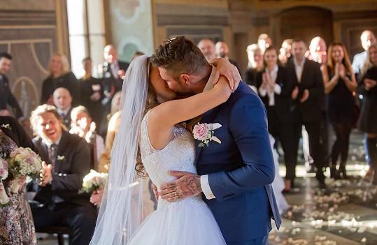 Aneta si vzala přítele Ondřeje, se kterým chodí teprve čtyři měsíce.