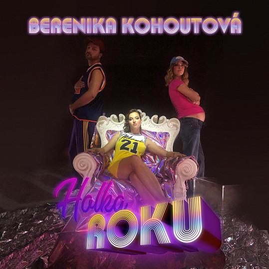 Berenika Kohoutová do klipu zapojila i kamarády, Mariku Šoposkou a Andreje Poláka.